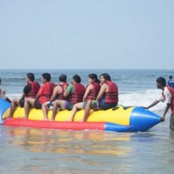 5 Best Adventure Water Sports And Boat Trip in Goa!!!